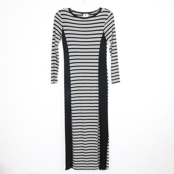 one clothing Dresses & Skirts - One Clothing Striped Long Sleeved Maxi Dress